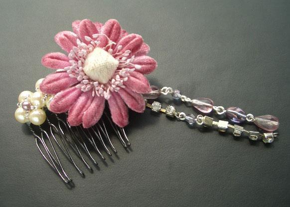 浴衣にもぴったり♪100均の造花でもOK!可愛い手作りヘアアクセ♡